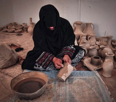 Archeologists believe that the first producers of ceramics were women